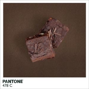 22_7pantone-site3