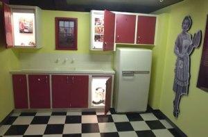 display_1950s_kitchen