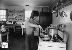 Keith_richard_warhol_kitchen_2