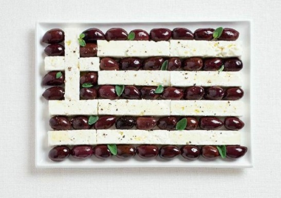 greece-flag-made-from-food-600x424