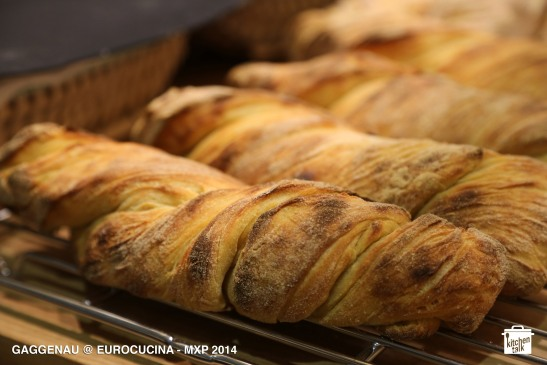 GAGGENAU_bread_detail